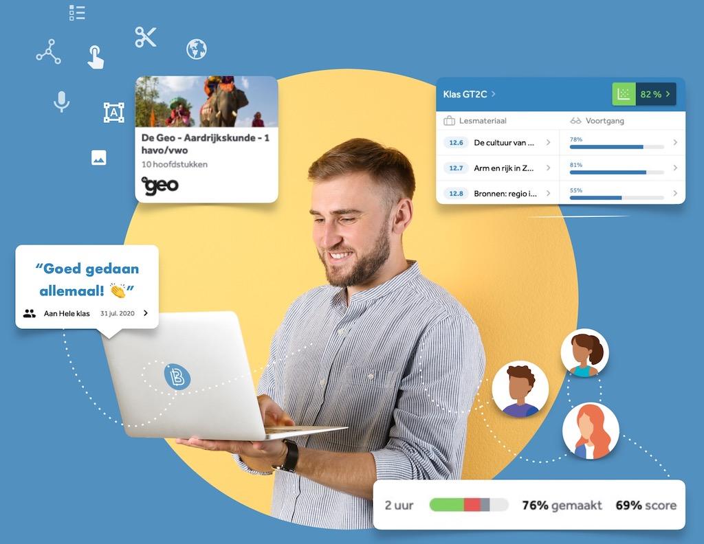 docent-geeft-feedback-op-laptop-aan-leerlingen-aardrijkskunde