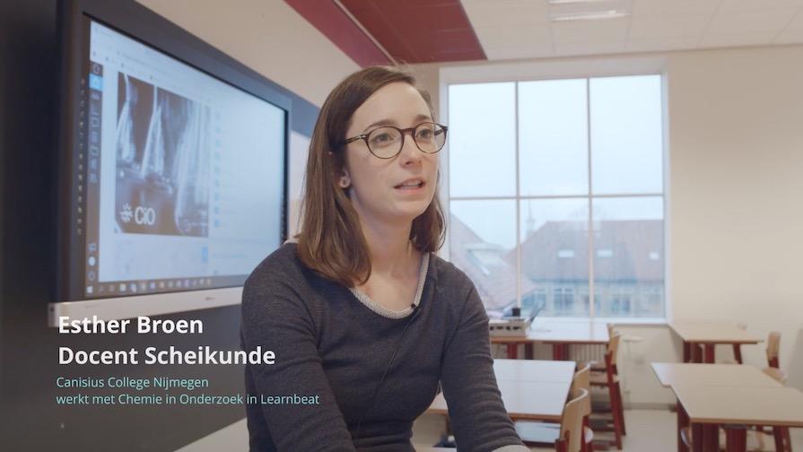 videoplayer Esther Broen interview