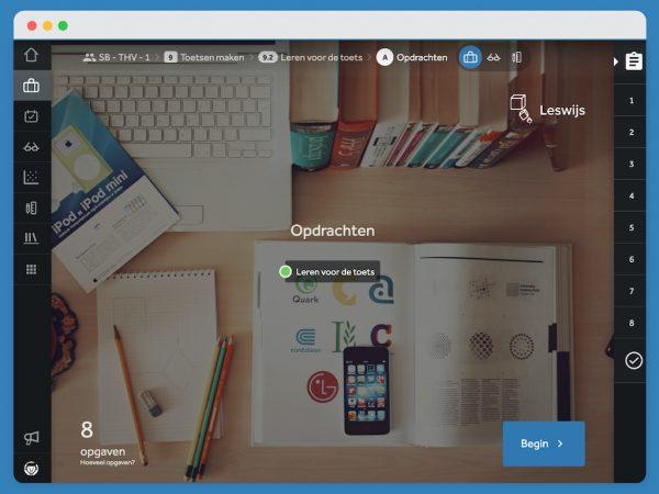 Beginscherm van een activiteit met het onderwerp dat aan bod komt. Op de achtergrond een bureaublad vol met boeken, een laptop, schrijfgerei, een kladblok en een telefoon.